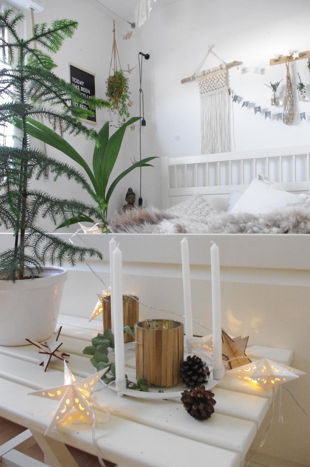 Weinachtliche-Deko-nat-rlich-schlichte-Weihnachtsdekoration
